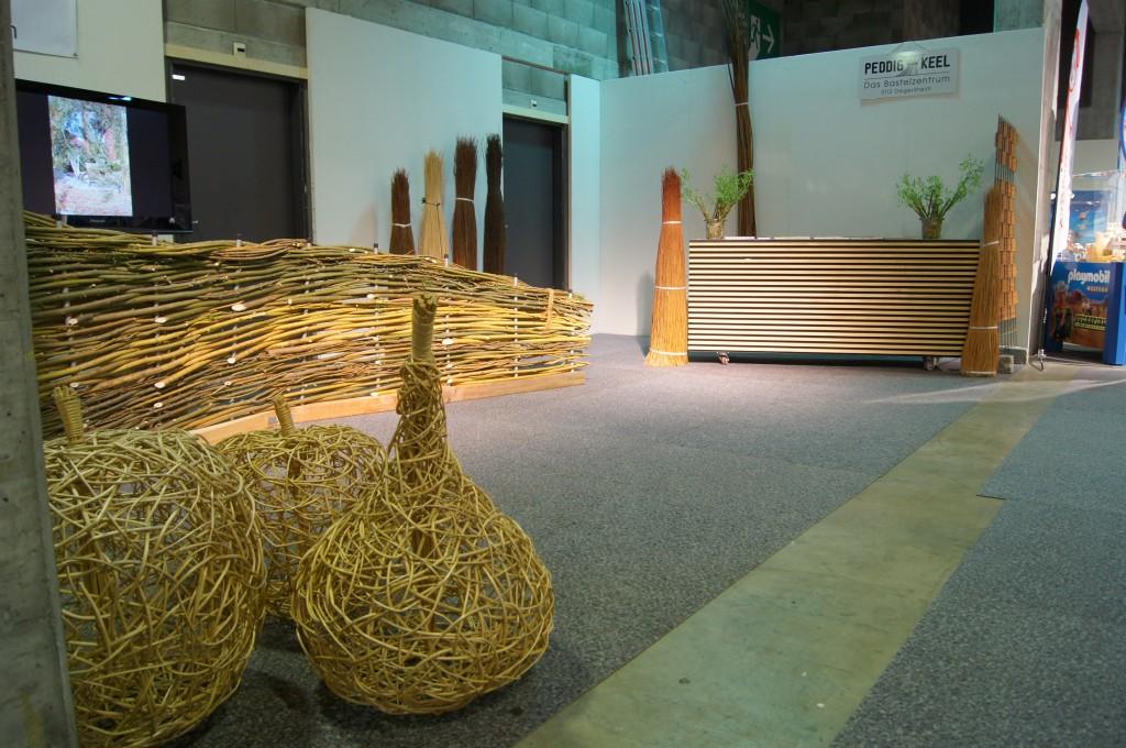 sonderschauen der flechtgruppe salix an der offa st. Black Bedroom Furniture Sets. Home Design Ideas